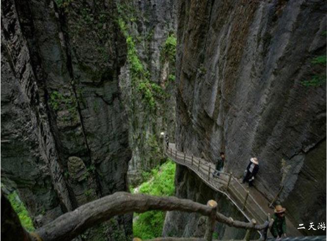 恩施大峡谷老人能去吗?