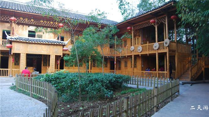 芭蕉枫香坡侗族风情寨