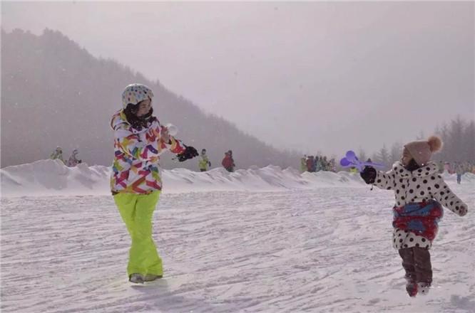 神农架滑雪场,神农架滑雪场攻略,神农架滑雪场门票价格