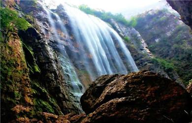 三峡瀑布2
