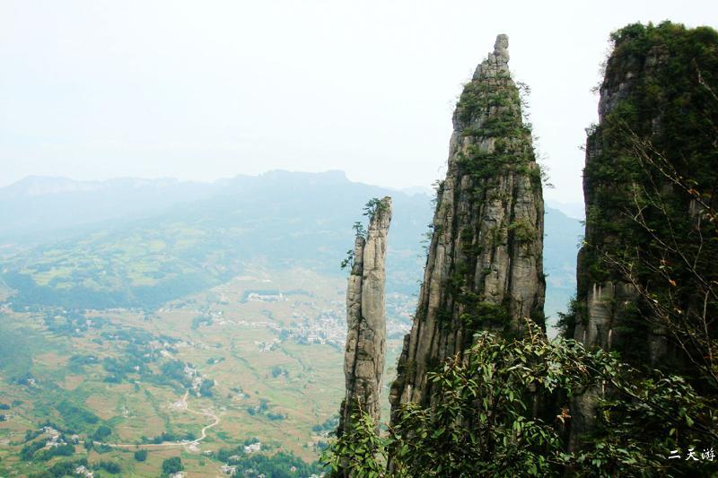 恩施大峡谷-腾龙洞-土司城-清江风景区-精致小团三日游