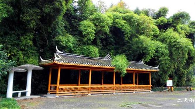 从恩施去枫香坡侗族风情寨